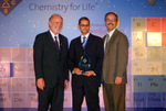 Mike Miller Receives ChemLuminary Award on behalf of NJ-ACS